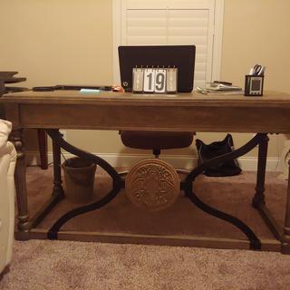 I purchased this Desk for my husband and he really liked his new desk.