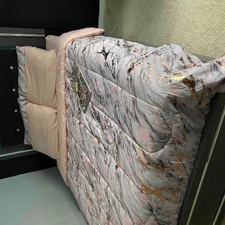 Lodanna Queen Panel Bed