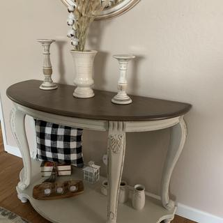 Beautiful Sofa Table!! 💖