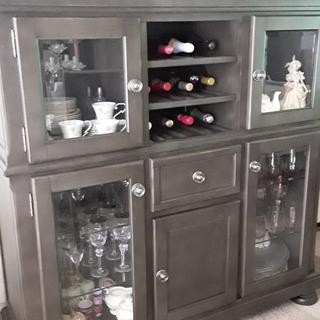 I love the size of this buffet it fits in my space and I love the color