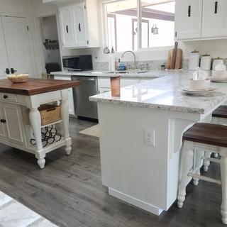 The stools are so cute  and looks great with the Marsilona Island and  the kitchen Island.