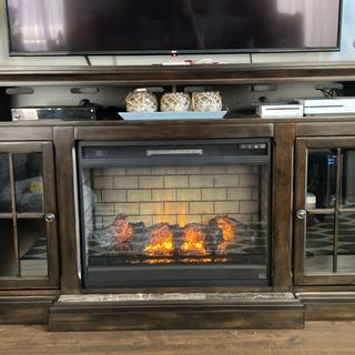 Absolutely love the fireplace insert.