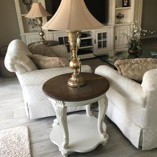 Love my end tables.   Make my room look great!!