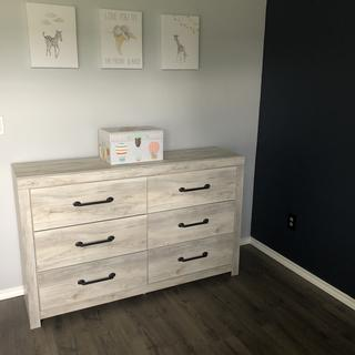 Been looking for a good dresser that's not too small and not too tall. This is perfect.