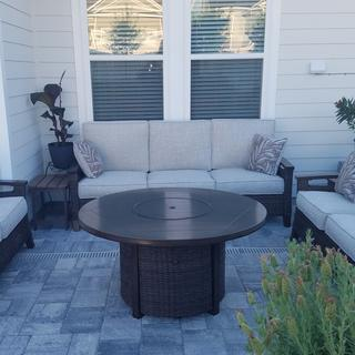 Great set! Perfect for our new paver patio.
