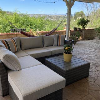 Really comfortable outdoor sofa set! We're very pleased with our purchase! 🥰