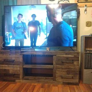 """Derekson 60"""" TV Stand"""
