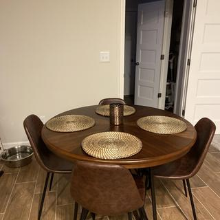 Perfect table for our kitchen table :) no complaints here . Thank you !