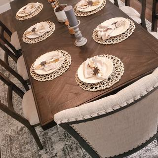 Fits perfectly for an 8-seater dining set. The design matches our modern farmhouse theme.