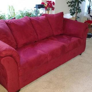Darcy full size sofa - Salsa color