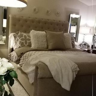 Beautiful Windville upholstered bed!