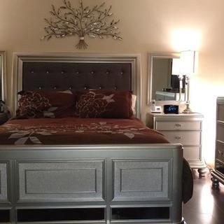 Coralayne bedroom set