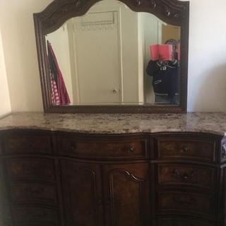 Ledelle Dresser & Mirror