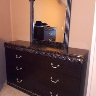 My new drawer with mirror