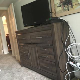 Spacious dresser