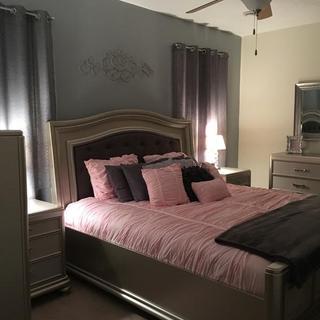 Coralyane Bedroom