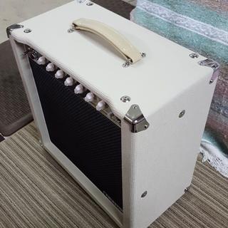 Monoprice 15-Watt, 1x12 Guitar Combo Tube Amplifier with