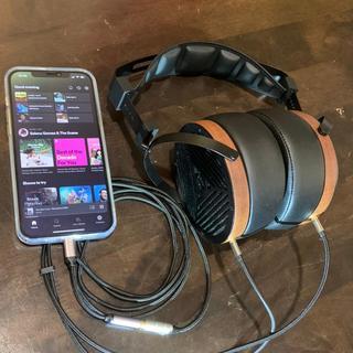 M1060 & Portable iphone 12 pro max