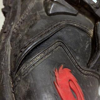 Both boots left and right broke the same seam on the middle outside section.