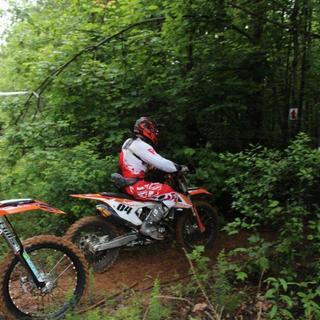 Mud race, Braking hard entering the woods