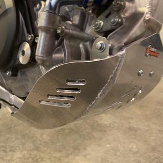 Endure Engineering skid plate using factory mounting point
