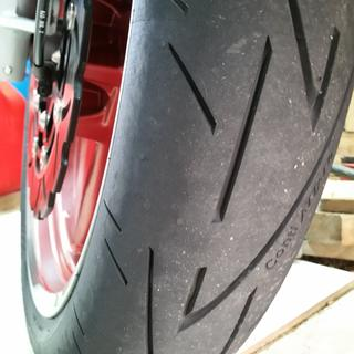 Amazing tyres. ..flickable yet VERY stable. Best tyres I have ever had ????