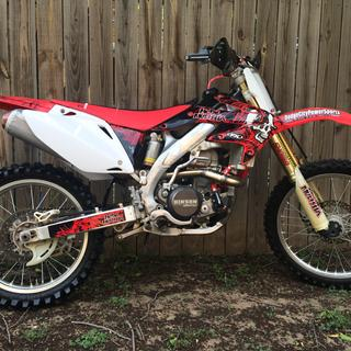 Powerbomb on my crf450r
