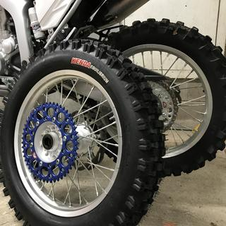 WR250R Kendra Equilibrium as compared to a Michelin ,taller side wall, MUCH softer. Renthal 49 tooth