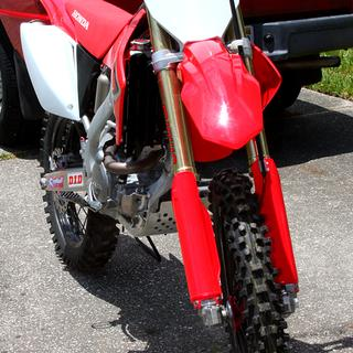 Love the look of the 2019 CRF250R Acerbis front fender and numberplate on my 2012 CRF250X.