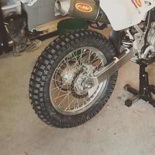 Motoz Mountain Hybrid Rear Tire | Tires and Wheels | Rocky