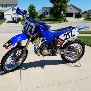 '01 YZ250 with Acerbis X-Factory handguards, pre-race