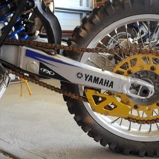 Yamaha WR250F, YZ250F 2002 left side swingarm decal