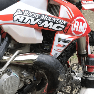 Excellent plug and play kit keeps my bike from boiling over in extreme mud races