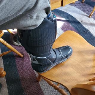 Left boot inside