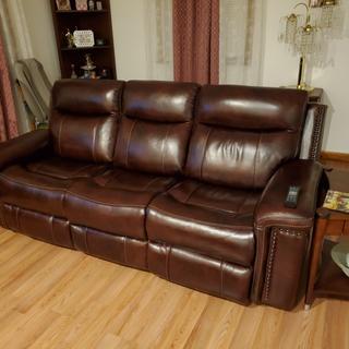Superb power sofa.