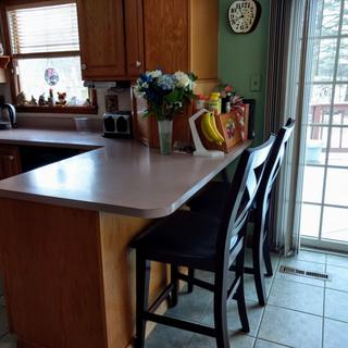 Extra stools for double at kitchen counter/ breakfast area