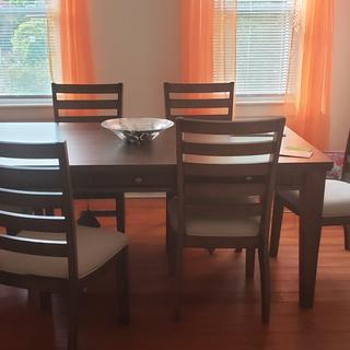 Love our new dining set, fits perfectly in our space!