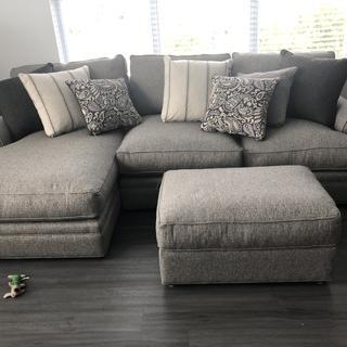 Love my new sofa!!!!??