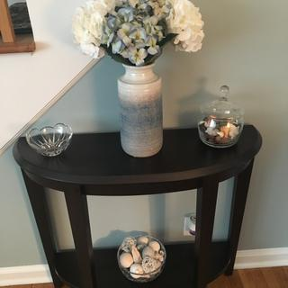 Perfect fit for small entryway