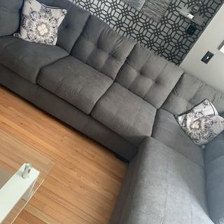 Living room piece