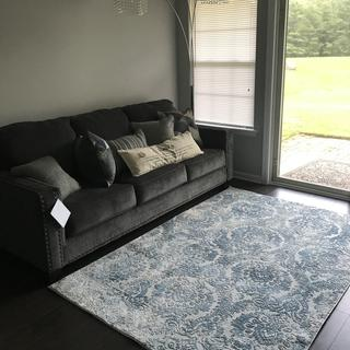 Gorgeous comfy couch in great fabric and color!