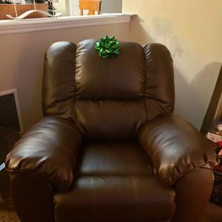 Present for my husband! ABSOLUTELY loves it!  Very comfortable. Says it feels like its hugging him.