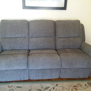 Couch with power  seats and headrests.