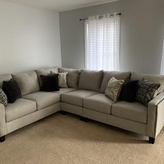 love this sectional is very well made! Very comfortable and big! love the feel of texture!