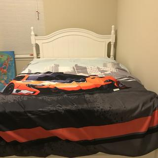 Very nice bed for my young boys!