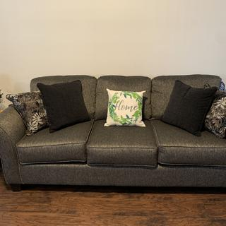 Super Comfy Serta sofa! Highly recommendable