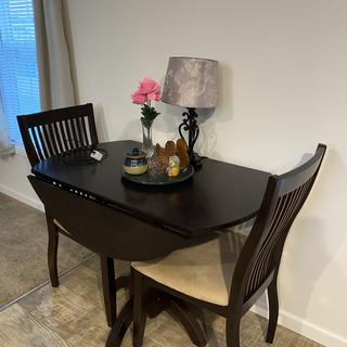 Love my new table. It is perfect for the space.