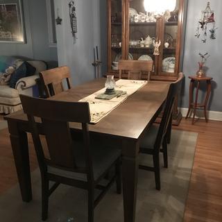 Higgins dining set without leaf