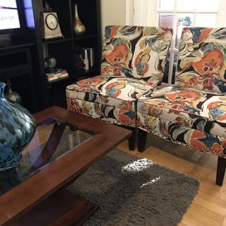 It's beautiful chair and very comfortable , I love it