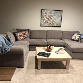 Nice sofa.... needs more stuffing